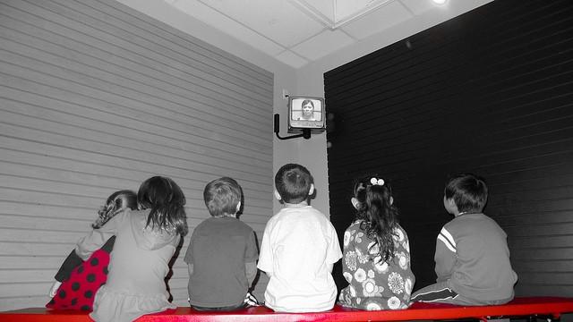 Efectele televizorului asupra copiilor