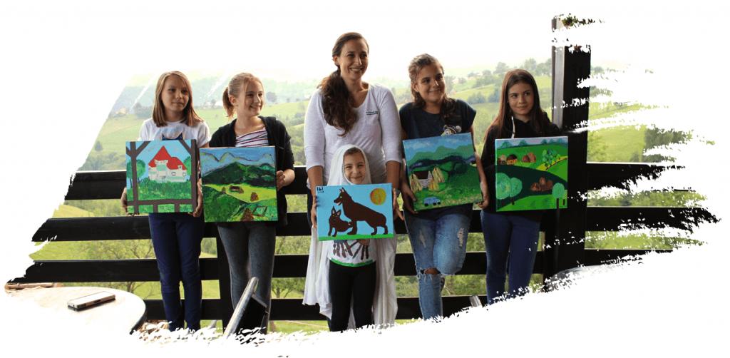 cursuri pictura copii cu ochii pe culoare