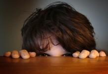 Cum depăşesc copiii timiditatea