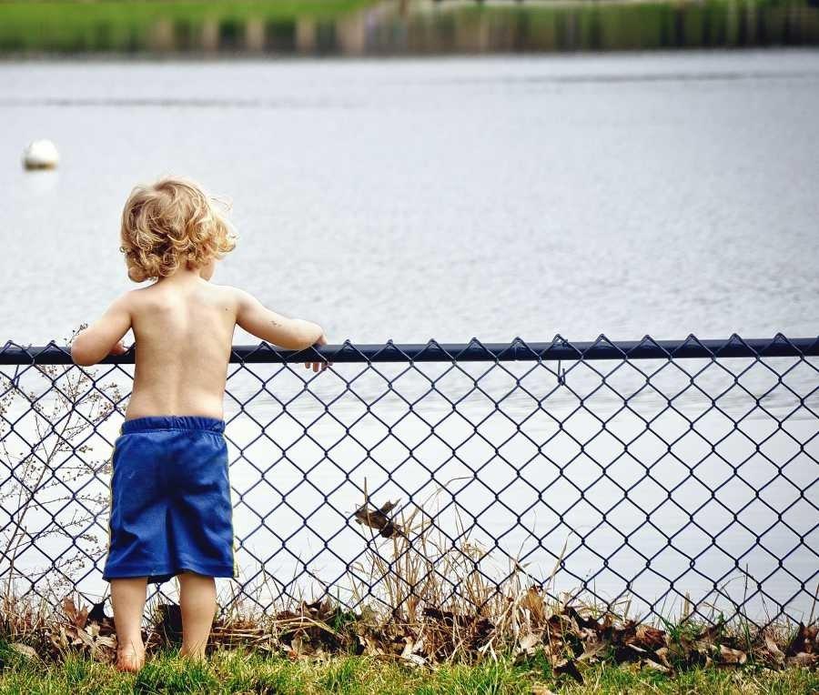 viață ușoară cu copilul copil apa limita