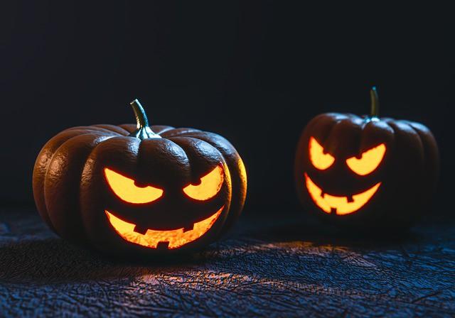 Copilului Tău îi e Frică de Întuneric dovleci halloween