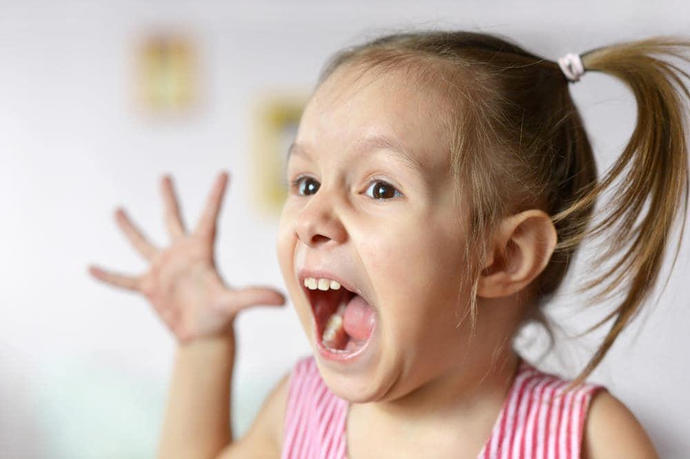 Mami, Te Urăsc! Cum Interpretăm Libertatatea Copilului de a-şi Exprima Trăirile Negative tantrum