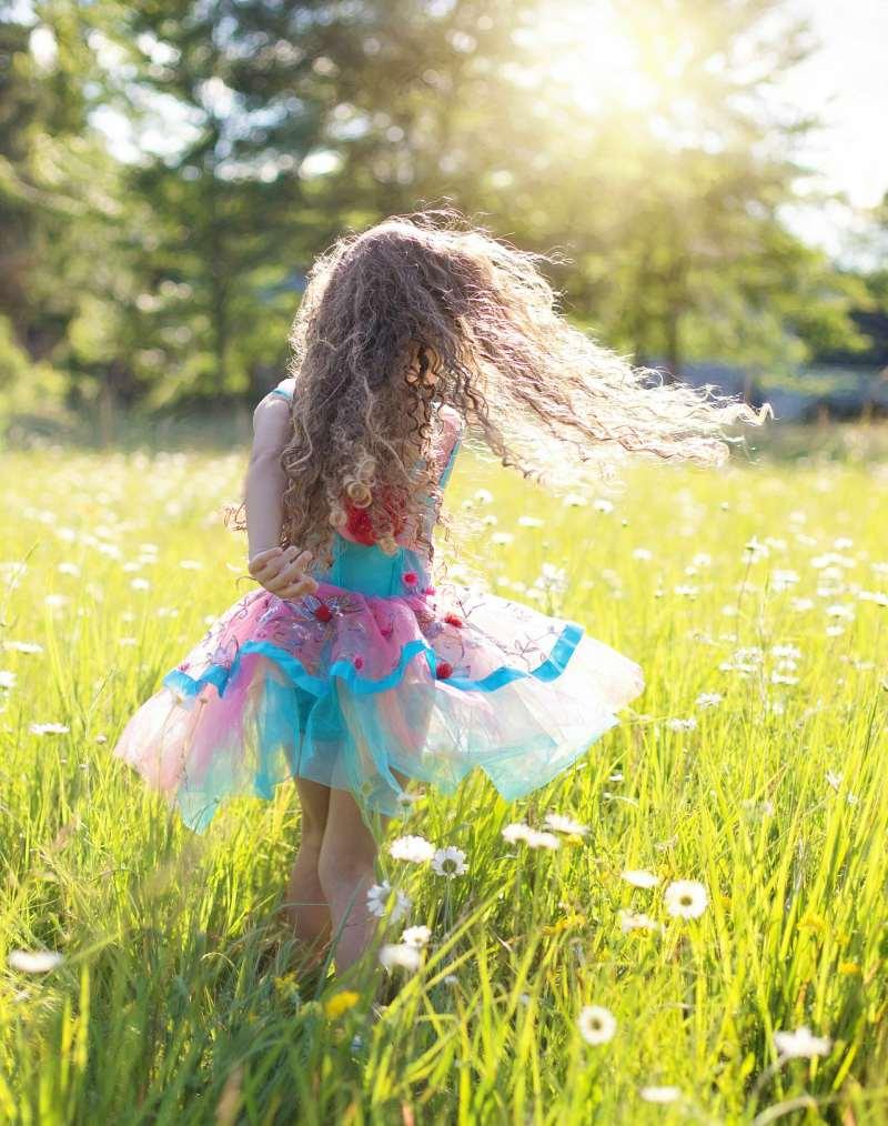Reguli Utile pentru Rutina de Vară în Familie. Ghidul Copilului Sănătos în Vacaţa Mare 2