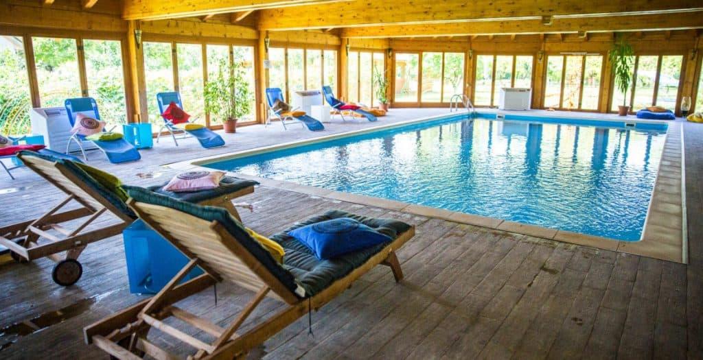 Acacia-Village-Excursii-de-Relaxare-în-Familie-piscina