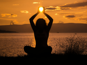 posturi yoga miraculoase