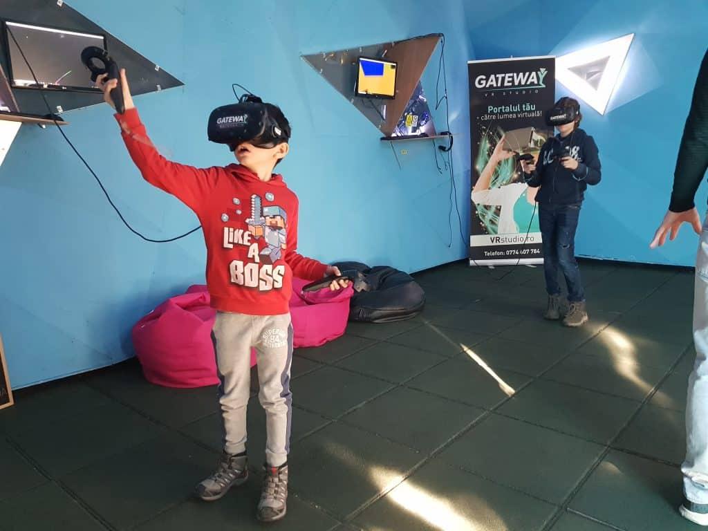 programul educațional Reach VR