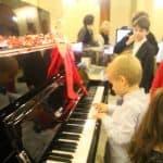 interpretare pe pian boem club pianos, marca perzina
