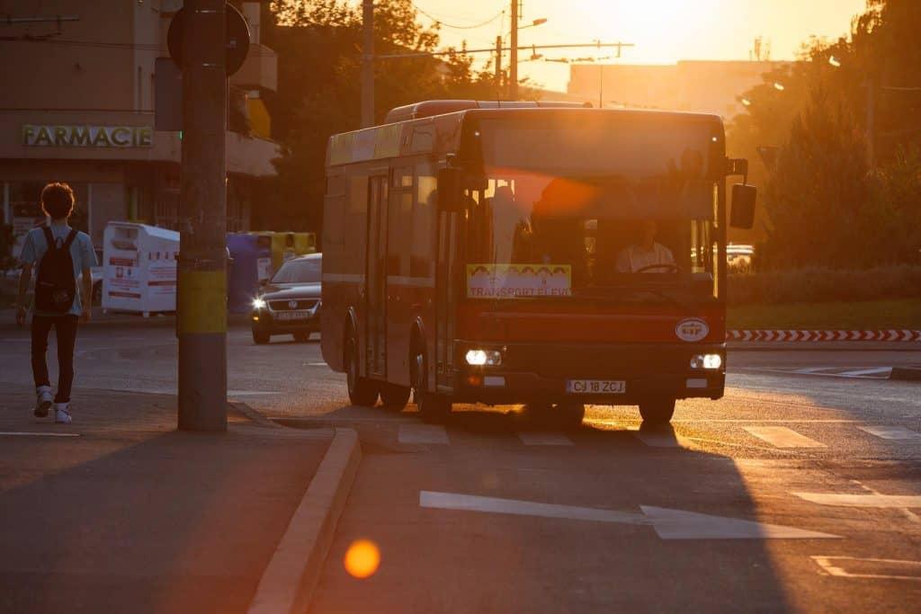 autobuz scolar cluj copii
