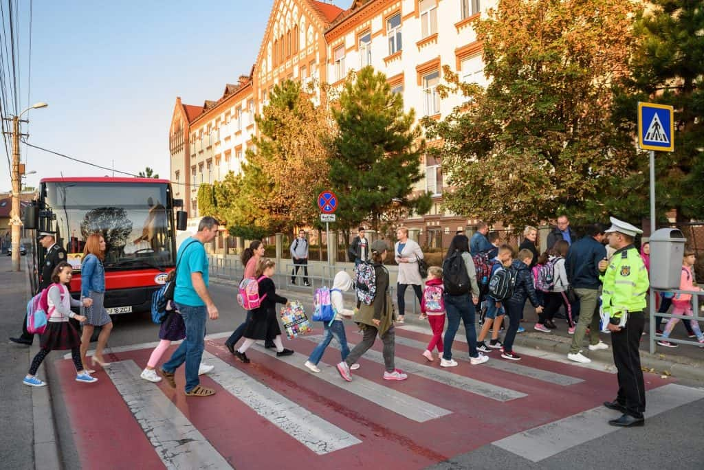 autobuze scolare cluj copii trecere pietoni