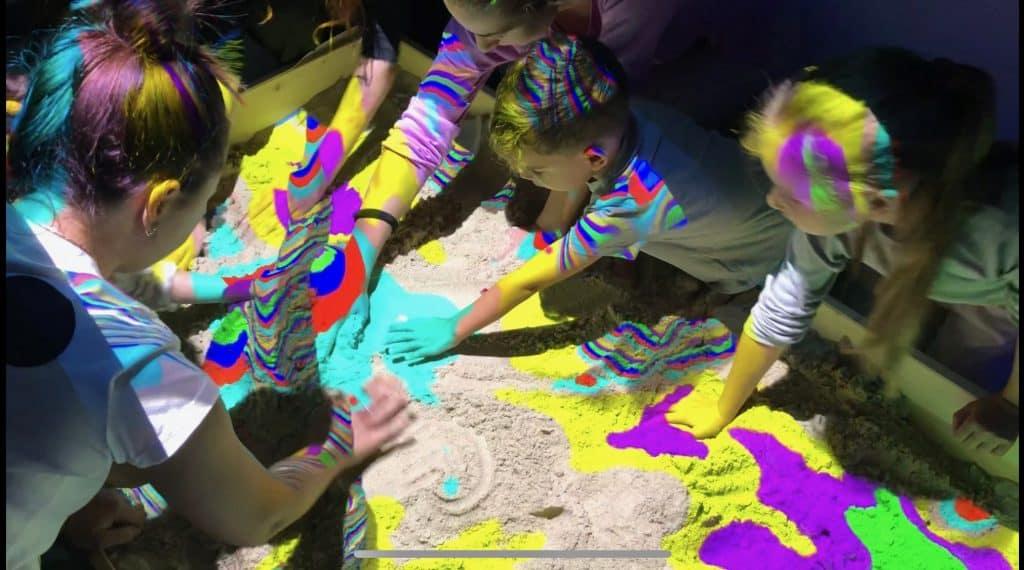 AR Studio. Loc de Joaca Hi-tech pentru Copii si Adulti