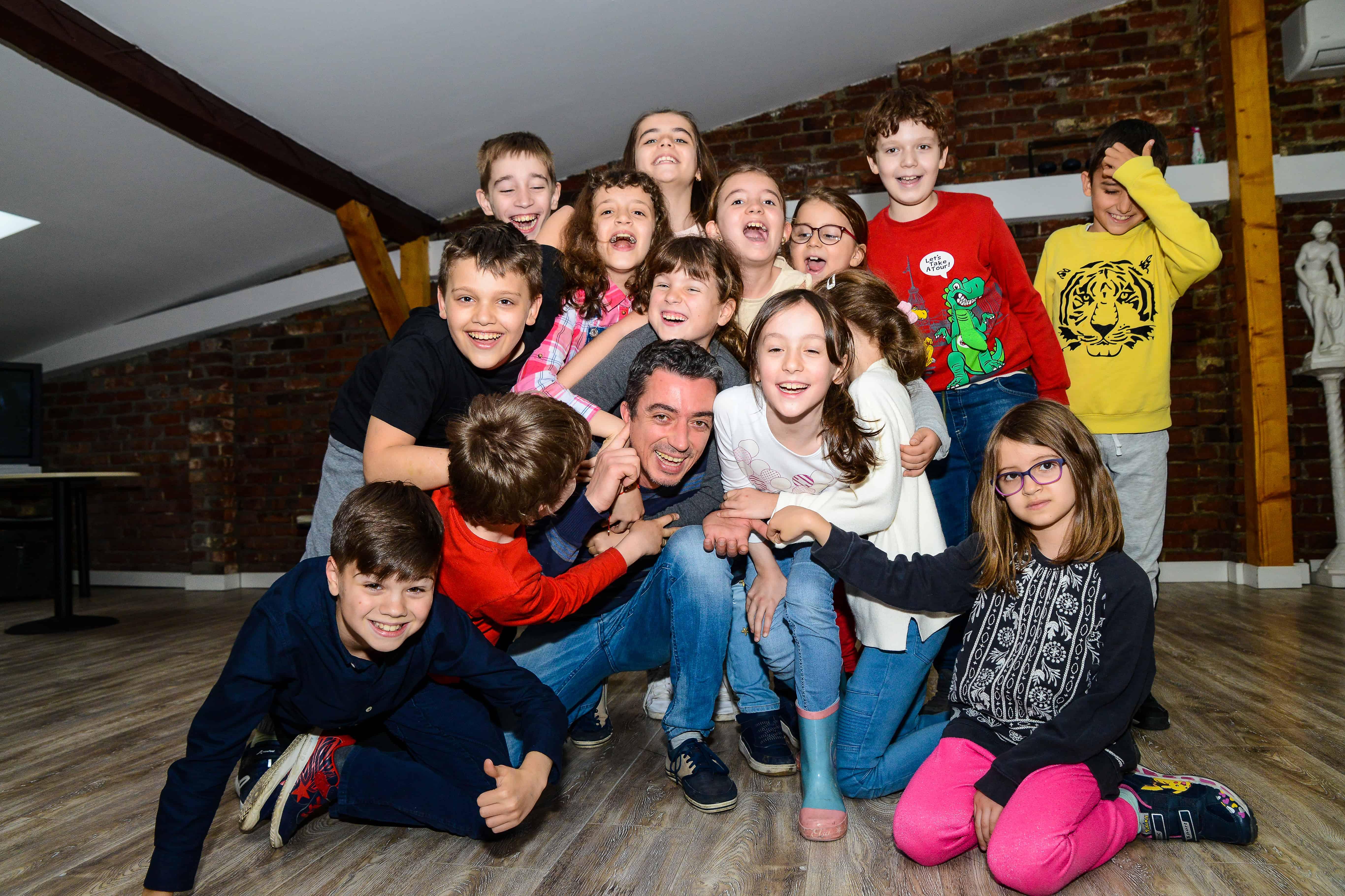 Curs de Dezvoltare Personala prin Teatru Qfeel grup copii