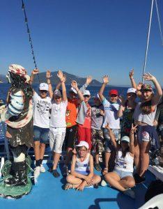 Tabara Internationala de Vara pe Insula Thassos, Grecia copii yacht